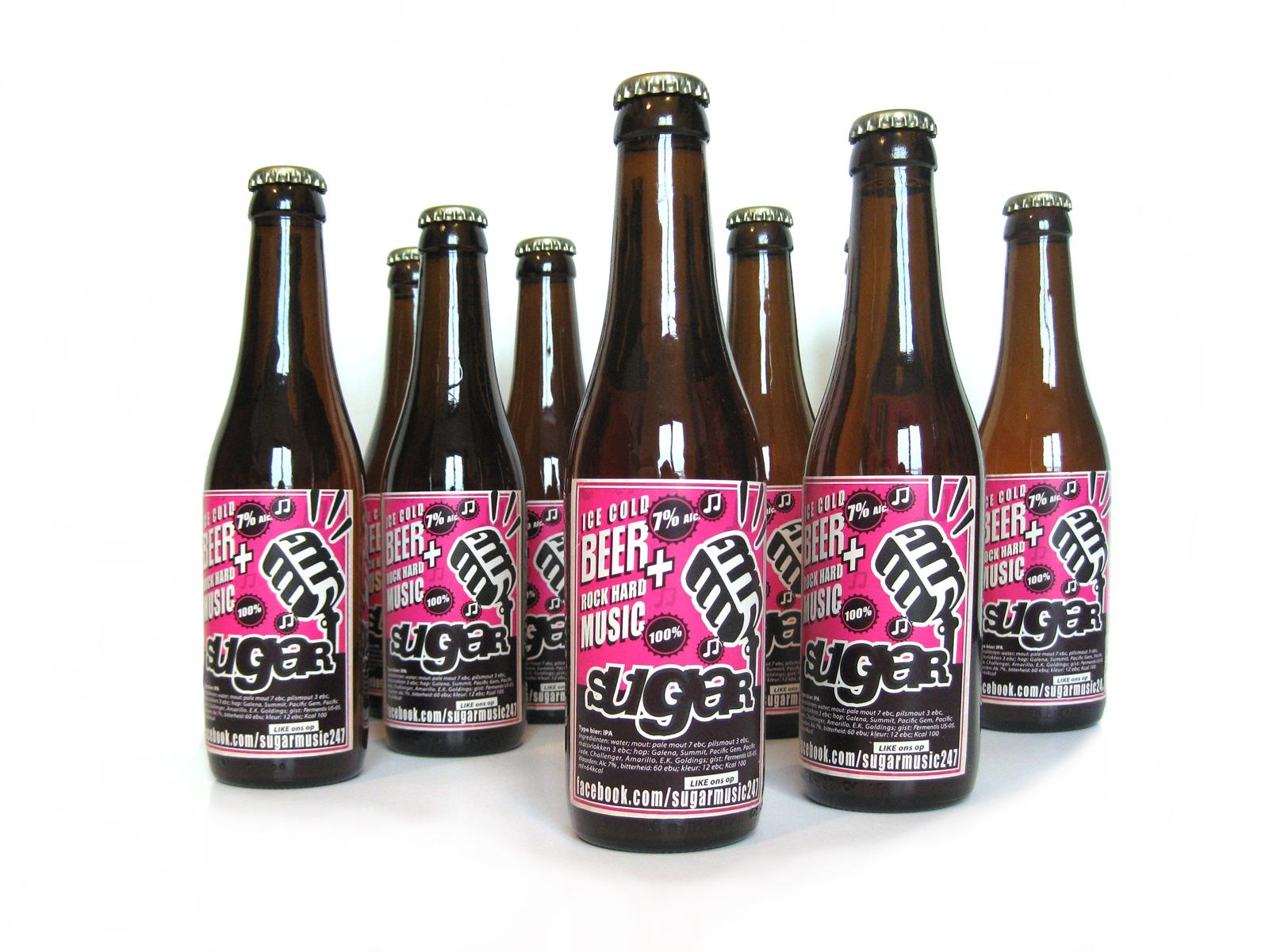voorbeeld van bieretiket ter promotie voor rockband sugar